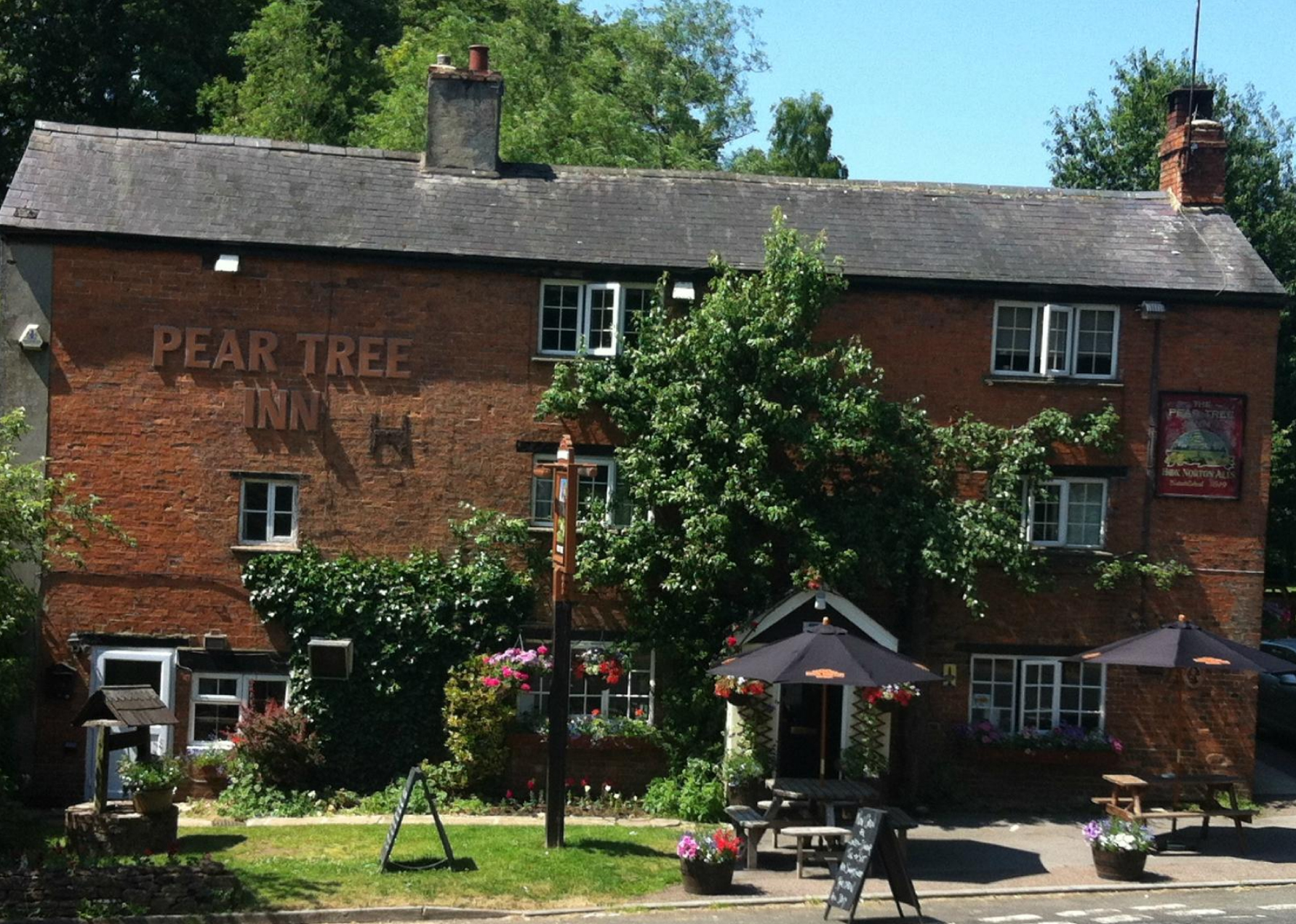 Pear Tree Inn front entrance
